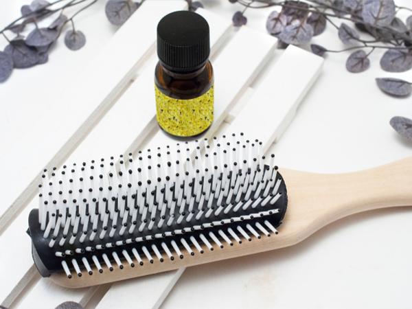 使用護髮油和護髮霜來防止乾燥