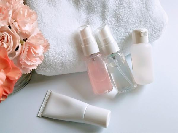 用正確的保濕方法來保持肌膚內部的水分、改善乾燥