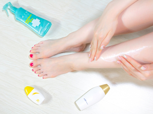 充足的紫外線對策來抑壓過度分泌的油脂